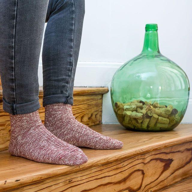 Ça c'est confort, c'est chaleur, c'est feu de cheminée, c'est hiver !!! ❄️🔥🤩🇫🇷 #chaussettes #socks #madeinfrance #createurfrancais #marquefrançaise #fabricationfrancaise #chaussettesaddict